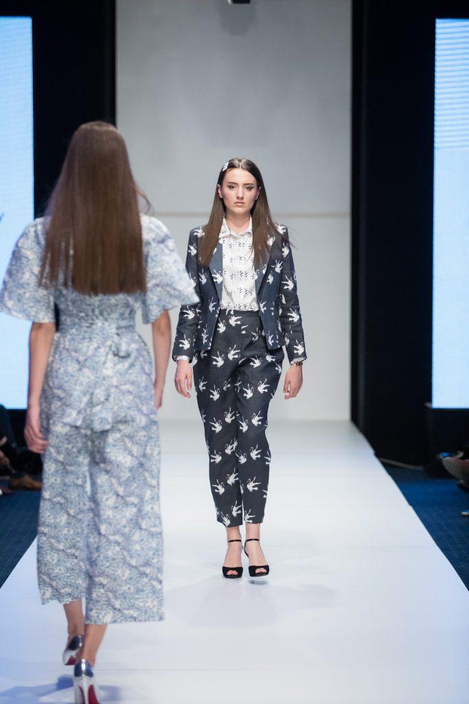 Crane Pattern and fashion design suit